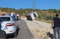 MUSTAFA ERDOĞAN - Cenaze Dönüşü Kaza Açıklaması 1 Ölü, 6 Yaralı