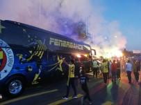 FENERBAHÇE - Fenerbahçe, Tesislerden Ayrıldı