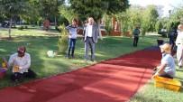 VEYSEL KARANI - Haliliye'de Parklarda Çalışmalar Sürüyor