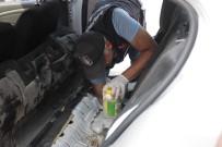 YAKIT DEPOSU - Kiralık Aracın Yakıt Deposundaki Turşu Kavanozlarından 5 Kilo 500 Gram Eroin Çıktı