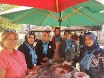 BAKIM MERKEZİ - 'Mavi Fularlı' Kadınlardan Aşure İkramı