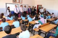 KIRTASİYE MALZEMESİ - Şanlıurfa'da Eğitim Desteği Sürüyor