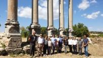 UZUNCABURÇ - Arkeoloji Bölümü Öğretim Üyeleri Uzuncaburç'u Gezdi
