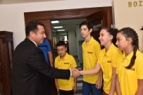 BOWLING - Başkan Bakıcı Dart Şampiyonlarını Misafir Etti