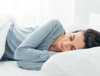 UYKUSUZLUK - Bilim insanları en zararlı uyku pozisyonunu açıkladı!