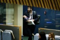 KİMLİK KARTI - BM Genel Kuruluna bebeğiyle katıldı