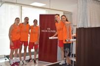 BASKETBOL KULÜBÜ - Çukurova'nın Perilerinin Sağlığı VM Medical Park Mersin Hastanesi'ne Emanet