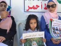 KIZILHAÇ - Filistinliler, Kadın Cezaevlerine Kamera Takılmasını Protesto Etti