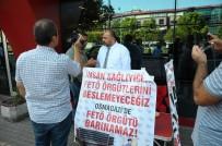 OTURMA EYLEMİ - Hastanede FETÖ'cülerin Çalıştığı İddiasıyla Oturma Eylemi Başlattı