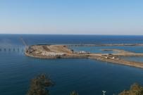APRON - Rize-Artvin Havalimanı İnşaatında 1 Yılda Yaklaşık 30 Milyon Tonluk Deniz Dolgusu Yapıldı