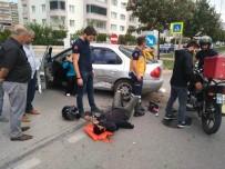 AKALAN - Samsun'da Motosiklet Otomobile Çarptı Açıklaması 1 Yaralı