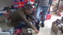Sosyal Medya Aracılığıyla İhtiyaç Sahibi Öğrencilerin Ayakkabı İhtiyacını Gideriyor