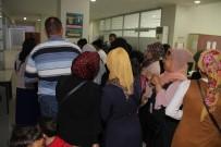 OKUL KIYAFETİ - Esenyurt Belediyesinden 10 Bin Öğrenciye Eğitim Yardımı