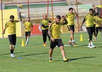 ÖMER ŞİŞMANOĞLU - Evkur Yeni Malatyaspor'da Erol Bulut, Futbolcularından Daha Fazla Özveri İstedi