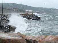 Fırtına Deniz Ulaşımını Aksattı
