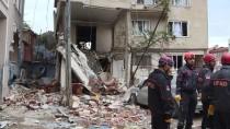DOĞALGAZ PATLAMASI - GÜNCELLEME 2 - Bursa'da Bir Binada Patlama Sonucu Yangın Çıktı