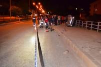 AHMET YAVUZ - Kelkit'te Otomobille Motosiklet Çarpıştı Açıklaması 1 Ölü, 1 Yaralı