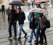 TAKSIM MEYDANı - 'Kestane Karası' Fırtınası İstanbul'da Etkili Oluyor