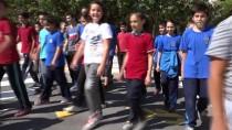 YAYA GEÇİDİ - Okul Önünde 3 Boyutlu Yaya Geçidi