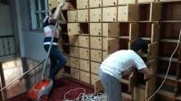 Suriyeli Gençler Ümraniye'de Bulunan Camileri Temizledi