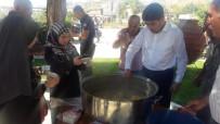 Delice'de Vatandaşlara Aşure Dağıtıldı