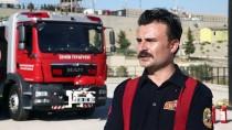 GELİN ARABASI - İtfaiyeci Çift Yangınlara Birlikte Müdahale Ediyor