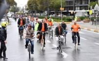 YAYALAŞTIRMA PROJESİ - Karaköy-Kabataş Arasında Bisiklet Yolu İçin Keşif Turu Yapıldı