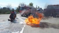 YANGIN TÜPÜ - Minik Öğrenciler Yangın Tatbikatı Yaptılar