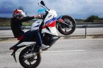 E-5 KARAYOLU - (Özel) İstanbul'u Birbirine Katan Motosikletli Maganda Yakalandı