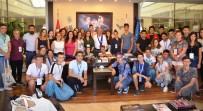 KAYALı - Sınaıa'dan Kuşadası'na Gelen Öğrencilerden Başkan Kayalı'ya Ziyaret