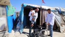 FATIH DEMIR - Suriyeli Engelli Çocuğun Tekerlekli Sandalye Sevinci