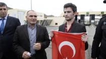 Umut Ali Özmen Türkiye'ye Döndü