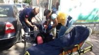 YAŞLI KADIN - Yaşlı Kadın Yolda Yürürken Düşüp Yaralandı