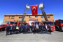 NEVŞEHİR BELEDİYESİ - Belediye Başkanı Seçen, İtfaiye Personelleriyle Bir Araya Geldi