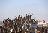 SAĞLIK GÖREVLİSİ - İsrail, Gazze'de 2'Si Çocuk 5 Kişiyi Şehit Etti