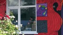 MUSTAFA DEMIR - Köy Okulunun Duvarına Sanatsal Dokunuş
