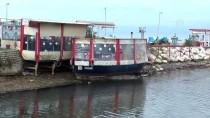 AHMET ERCAN - Yalova'da Deniz Suyu 25 Metre Çekildi