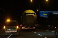 KAŞÜSTÜ - 260 Gün Sonra Yeni Yerine Karayolu İle Taşındı