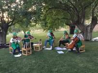 NEYZEN - Dut Bahçesinde Mini Konser