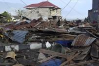 ATEŞ ÇEMBERİ - Endonezya'da 7,7'lik deprem sonrası ölü sayısı artıyor