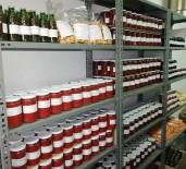 TAFLAN - Öğrenciler Yetiştirdikleri Organik Sebzeleri Konserve Yapıp Satıyor