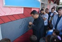 MUSTAFA DEMIR - Okul Duvarı Sanatla Buluştu