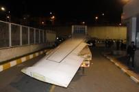Pistten Çıkan Uçağın Karayolu İle Yomra'ya Nakil İşlemi Başladı
