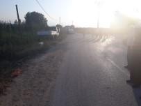 Bursa'da Kamyonet İle Motosiklet Çarpıştı Açıklaması 1 Ölü