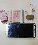 KARACAAHMET - Cep Telefonu Gasp Eden Şahıslar Polisten Kaçamadı