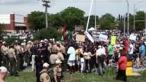 CHICAGO - Chicago Polisinden Göstericilere Müdahale