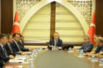 MUHAMMET FUAT TÜRKMAN - Hakkari'de 'Sınır Kapıları' Konulu Toplantı
