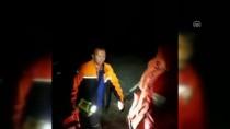 PARAŞÜTÇÜ - Kayalıklara Düşen Paraşütçü 20 Saat Sonra Kurtarıldı