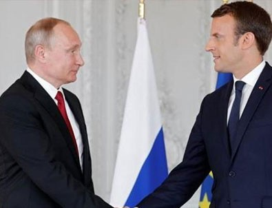 Macron'dan Putin'e ilginç suçlama