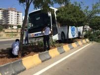 Otobüs Refüje Çıktı